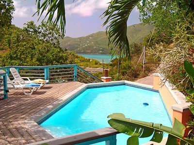 Banana Cabana Villa, Coral Bay pool and view