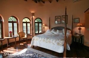 Peter Bay Gatehouse Penthouse Suite bedroom