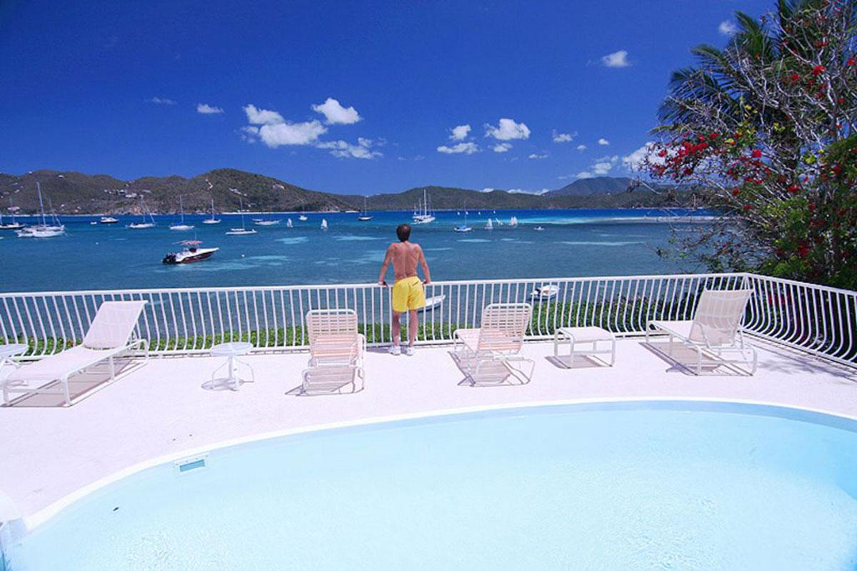 Rainbow Beach House St John pool view