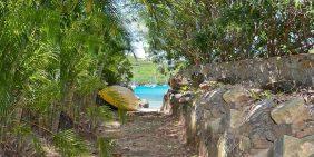 Villekula St John path to beach