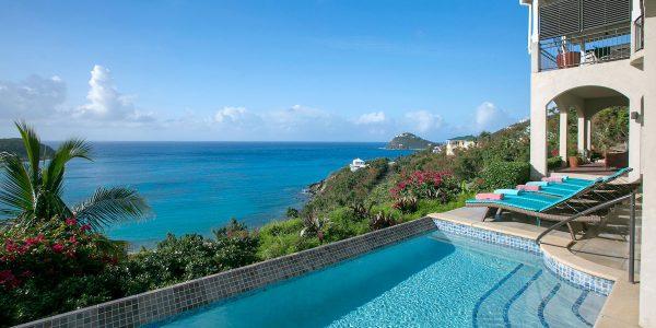 Ami La Vita St John pool view